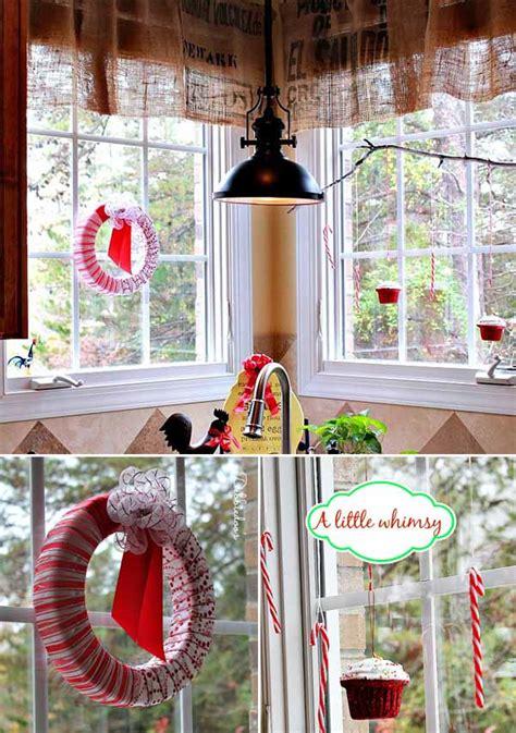 inspiring  minute christmas windows decorating ideas