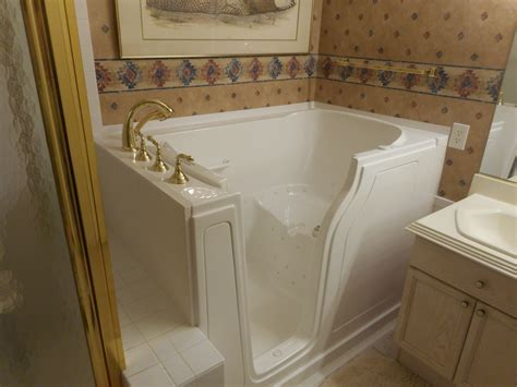 used walk in bathtubs bathtubs walk in 28 images aging in place design