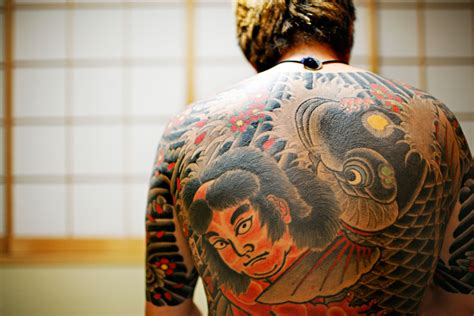 yakuza tattoo pattern amazing stuff 187 nsfw amazing yakuza tattoos
