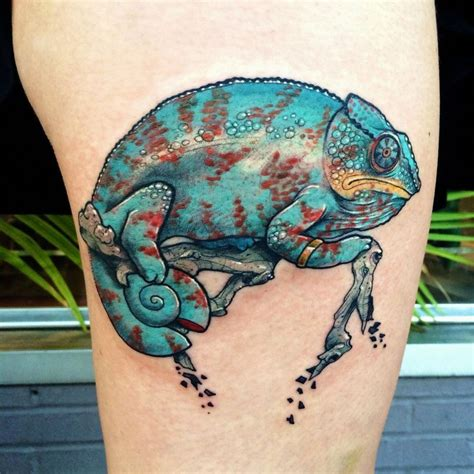 chameleon tattoos chameleon enngraved tattoos