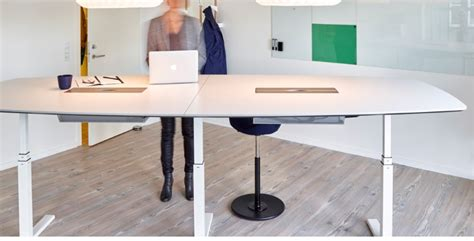 Be Healthy While Working With Ergonomic Standing Desk Desk For Standing While Working