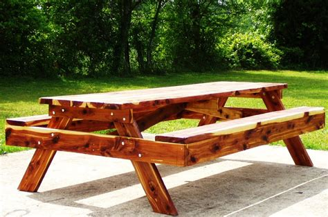 Large Picnic Table by Diy Large Picnic Tables Plans Free