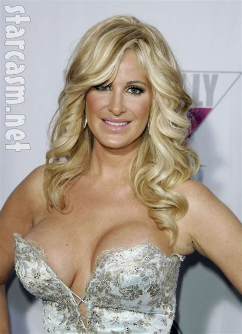 how to do real housewife hair why does kim zolciak wear a wig she blames anemia