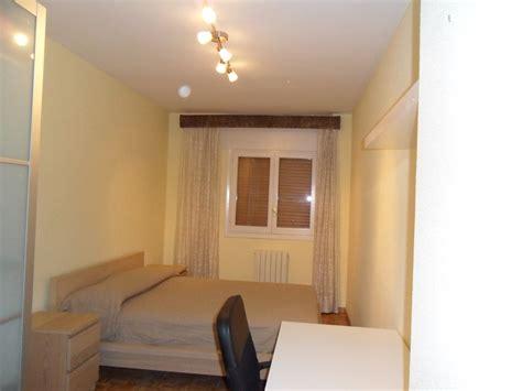habitacion piso compartido habitaci 243 n en piso compartido proximo a la universidad