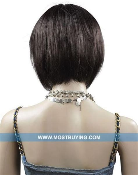 the swing short hairstyle short n the back and long in te frlnt at a angle pictures of the swing haircut hairstylegalleries com