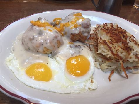 original pancake house ladue biscuits and gravy sunny side egg comes with hash browns yelp