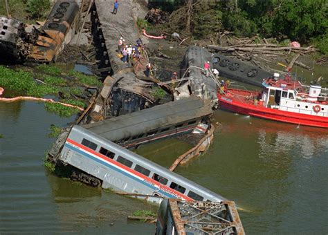 boat crash by skyway deadliest train crashes in the u s over the past 25 years