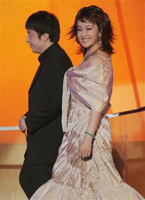 film china s liu xiaoqing liu xiaoqing in the 24th hong kong film award presentation