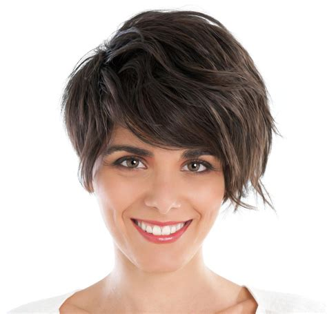 mhaircuta to give an earthy style make your fine hair look thicker with these gorgeous haircuts