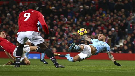 Kaos Epl Utd 3 1 city beat united 2 1 in manchester derby lead epl by 11 loop news