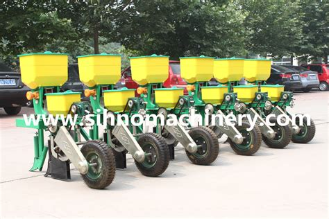 High Quality 6 Rows Corn Seeder Corn Planter Maize Seeder Seed Planter For Tractor