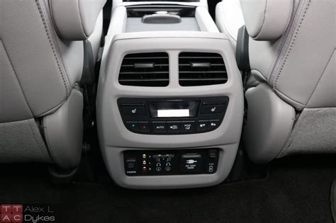how many seats does the audi q7 audi q7 second row captains chairs autos post