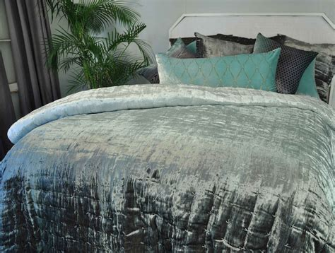 Quilted Duvets Discontinued Kevin Obrien Studio Bedding Hand Knotted