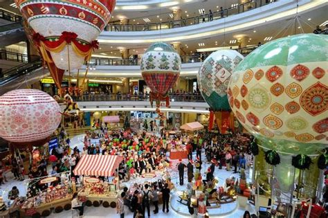 shopping center decorations 17 best images about mall decoration on mall
