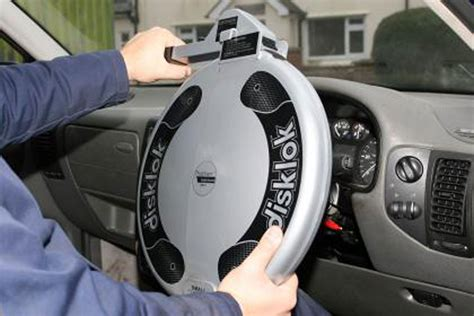 steering wheel locks  buy  carbuyer