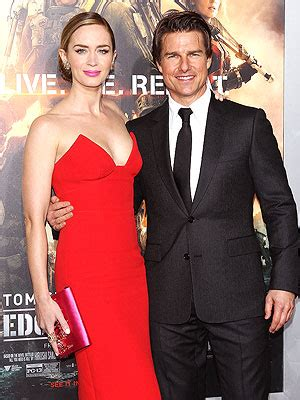 tom cruise & emily blunt wide awake after 24 hour