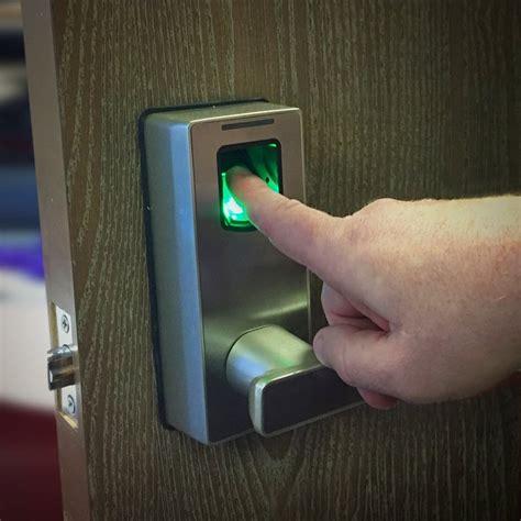 Thumbprint Door Lock by Biometric Fingerprint Door Lock