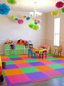 Toddler Bedroom With Play Area 8 Flooring Ideas Hgtv