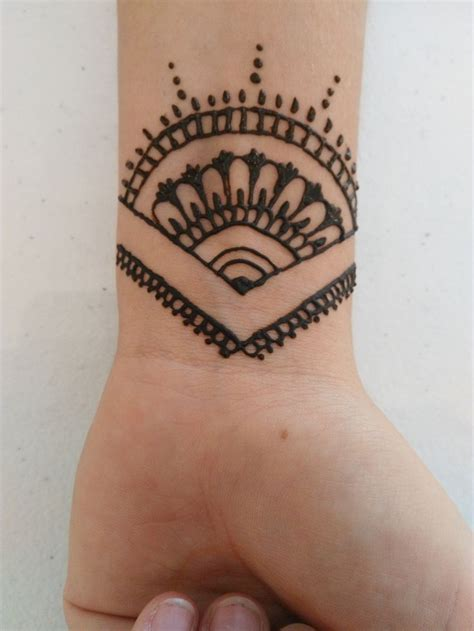 henna tattoo ideas small 60 best henna tattoos images on ideas