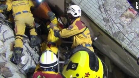 Search Taiwan Searching Continues For Taiwan Quake Victims Cnn