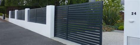 portails de jardin portail aluminium et cl 244 ture paysagiste 224 nantes