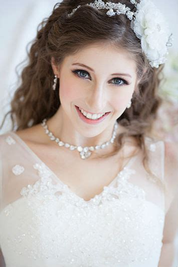 wedding bridal hairstyle eastern western new fashion bridal makeup tips for eastern and western brides
