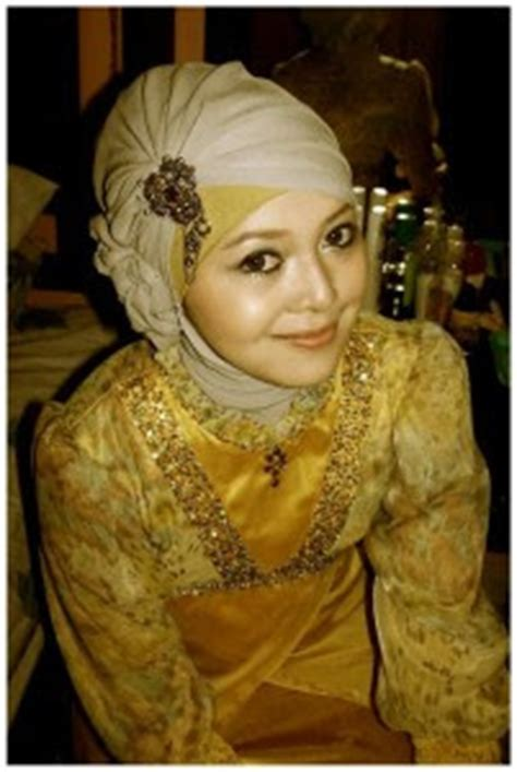 Jilbab Instan Untuk Wisuda cara pakai jilbab kreasi jilbab wisuda