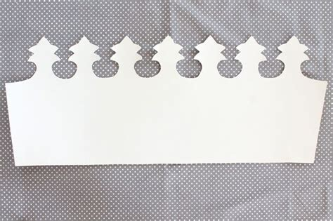 glinda the witch crown template how to style a no sew glinda the witch costume ehow