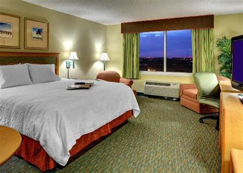 Rooms To Go Pembroke Pines by Accessible Room Picture Of Hton Inn Ft Lauderdale
