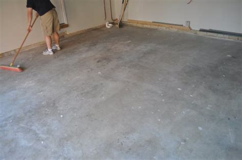 Garage Floor Thickness Concrete by How To Paint An Epoxy Concrete Floor Coating Quikrete