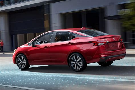nissan versa 2020 what are the key features and specs of the 2020 nissan versa