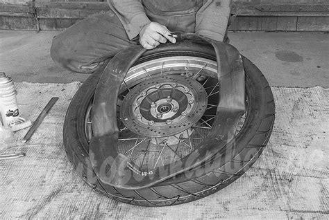 Motorradreifen Aufpumpen by Autoschrauber De Motorrad Reifen Wechseln