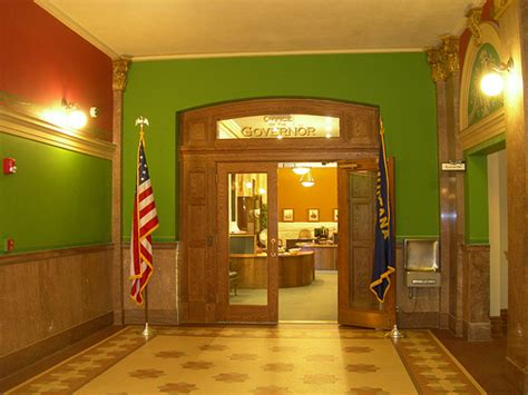 Governor S Office by Steve Bullock Prepares To Bring Own Style Montana Governor