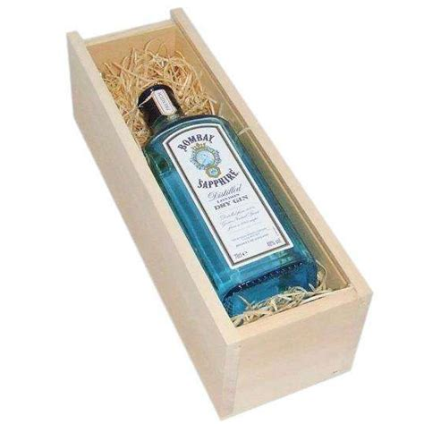 bombay sapphire gin in wooden gift box bottledandboxed com