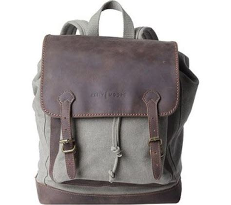 which is the best camera backpack for women? travel gift