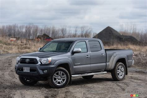Toyota 2015 Limited 2015 Toyota Tacoma Limited 4x4 Pictures Auto123