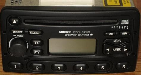 ford focus mercury cougar   cd radio