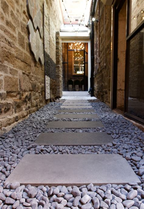 what does a landscaper do 10 creative ways to use pebbles for landscaping articles