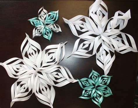 Snowflake Craft Paper - 3d snowflakes for tweens at the newark library