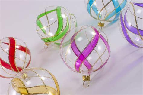 Bunte Lenschirme Aus Glas by 6 Bunte Weihnachtskugeln Aus Glas 6cm Transparent