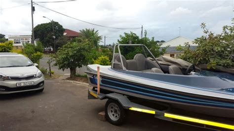 cabin speed boats for sale 2 boats for sale phoenix speed boat cabin boat