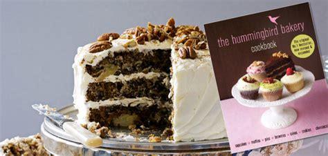 the hummingbird bakery cookbook 1784724165 the hummingbird bakery cookbook amazon co uk tarek