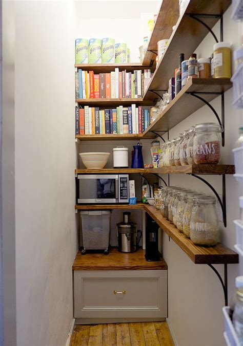 Small Narrow Pantry 25 Best Ideas About Closet On Small