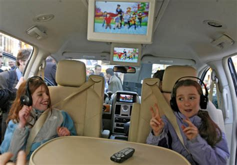 scv1 backseat tv from sirius – more entertainment on the