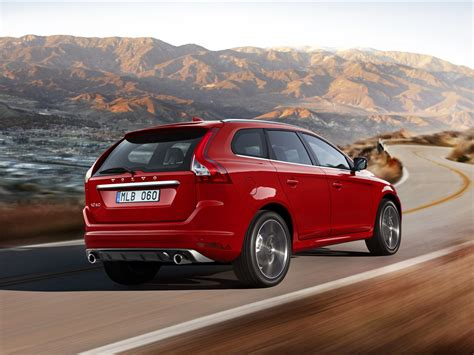 volvo xc60 2014 car picture 25 of 116 diesel station