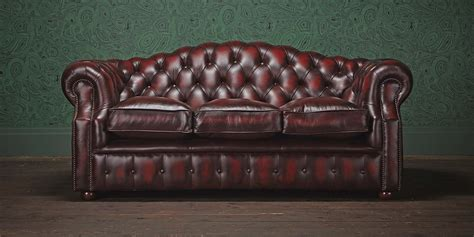 Chesterfield Sofa Definition Chesterfield Sofa Is The Definition Of Luxury Yonohomedesign