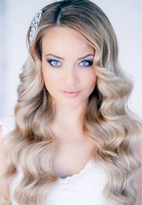 Wedding Hairstyles Wavy Hair by 36 Breath Taking Wedding Hairstyles For Pretty Designs