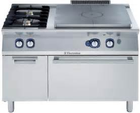 Commercial Toaster Electrolux 700xp E7stgl3010 Solid Top Oven With 2 Burners