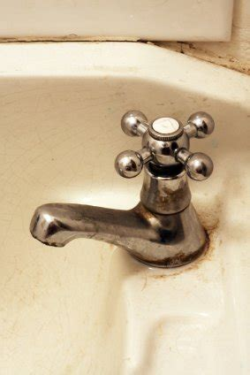 how to remove rust stains from porcelain sink removing rust stains from a sink thriftyfun