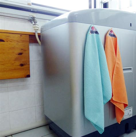 microfiber covers in washing machine quikcloth magnetic towel